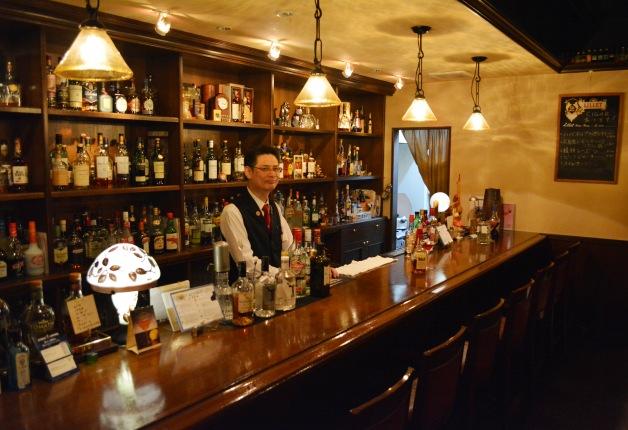【広島の名店】「BAR Slaintheva(バー スランジーバ)」で有名バーテンダーがつくるオリジナルカクテルを味わおう♪