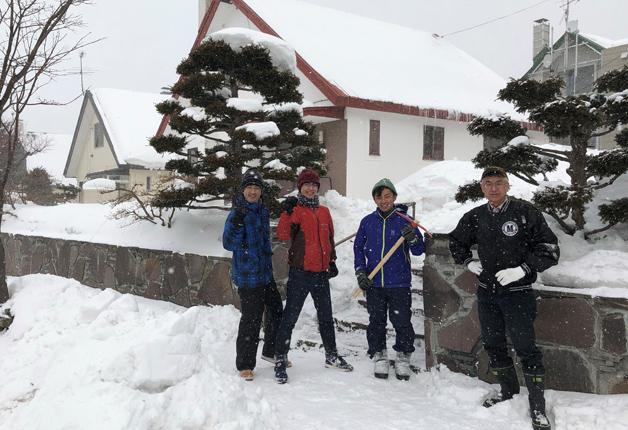 満面の笑みにすがすがしい達成感♪今年も除雪ボランティアに参加しました!