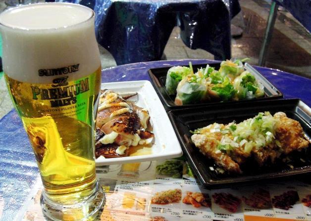 フードは、地元北海道の食材を使ったメニューがたくさん