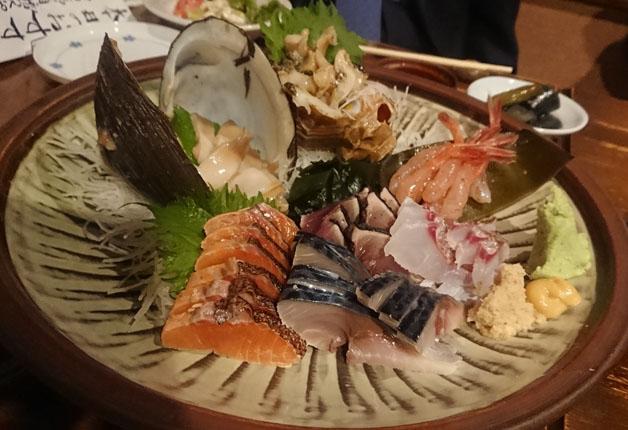 【札幌:プレミアム達人店】〆のサバサンドが絶品!「こなから」で海鮮料理と「マスターズドリーム」を味わおう♪