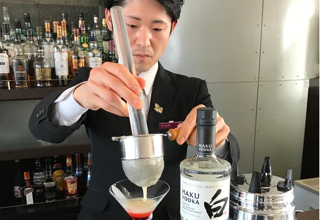 【ホテルバーで楽しむ「HAKU」「ROKU」を使ったカクテル】「ANAクラウンプラザホテル札幌」