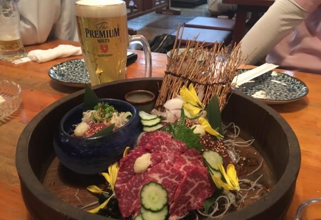 【担当者おすすめ】宇都宮駅前の居酒屋「呑どん」で、自慢の肉料理や魚介を「プレモル」と楽しもう!