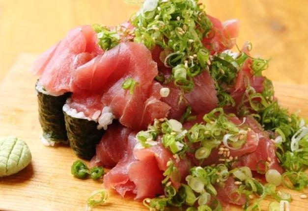 神戸の人気店「UO魚」で「プレモル」と鮮度抜群の魚を堪能しよう! (兵庫・神戸)