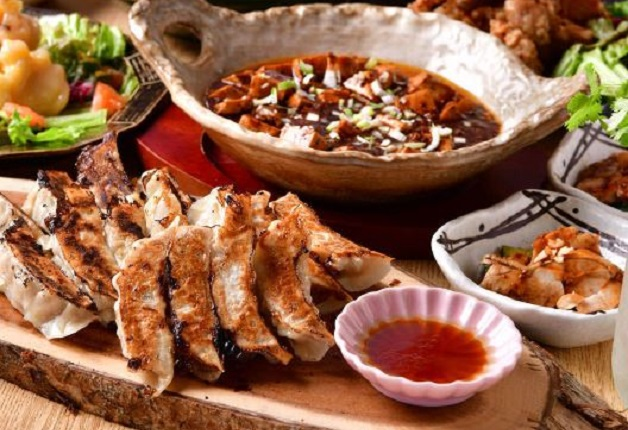 麻婆豆腐や変わり種餃子も!「四川餃子バル PAO2(パオパオ)」でカジュアルに中華を楽しもう(大阪・堂山町)