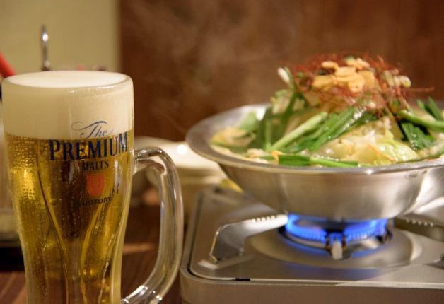 【ざ らくちん室町横丁】博多風とんこつ鍋と一口餃子で乾杯しよう♪「とんこつ鍋と餃子 縁楽」(京都)