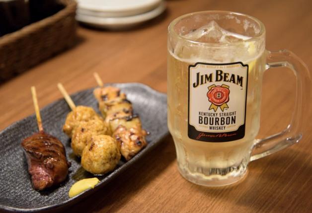 【ざ らくちん室町横丁】立ち飲みスタイルで、おいしい鶏料理を楽しもう♪「焼き鳥スタンド酒場 角福」(京都)