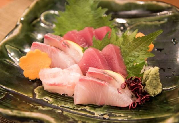 魚介の和食が人気の「おでん・惣菜 如月(きさら)」!刺身やおでんと「〈香る〉エール」で乾杯(大阪・平野町)