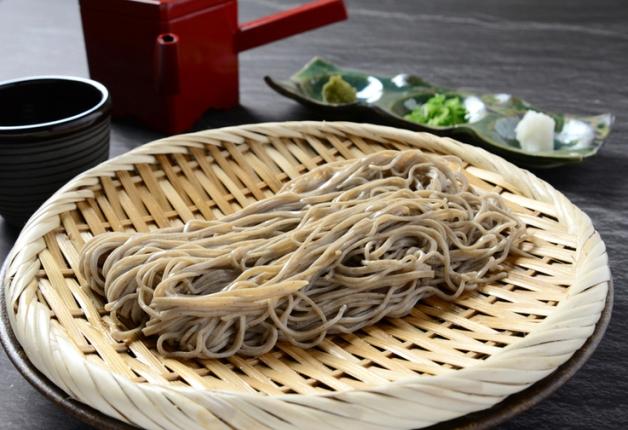 「蕎麦酒房 ふくまる」の香り高い「十割せいろ蕎麦」と「ROKUソーダ」で乾杯♪(大阪・福島)