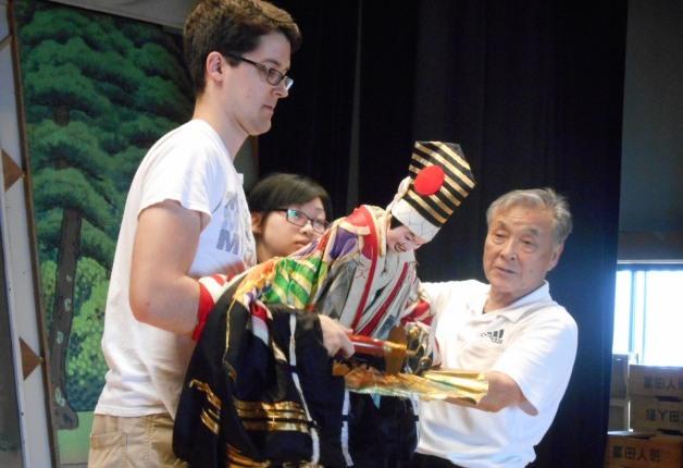 【サントリー地域文化賞】人形浄瑠璃の魅力を世界に伝え次世代に繋ぐ「冨田人形共遊団」