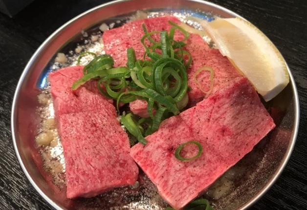 「京橋ハラミ屋」で「プレモル」と一緒に心ゆくまでこだわりのハラミを愉しもう♪(大阪・京橋)