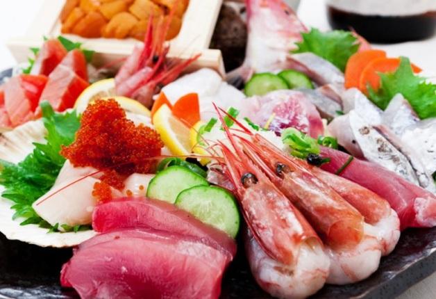 店主自慢のこだわりの海鮮料理と「ザ・プレミアム・モルツ」を堪能できる「海藤花(かいとうげ)」(北新地)