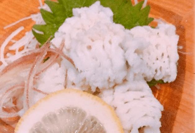 市場直送での活け〆にこだわった鮮魚のお造りと「ザ・モルツ」や「こだわり酒場のレモンサワー」で乾杯!「旬鮮やました」(摂津富田)