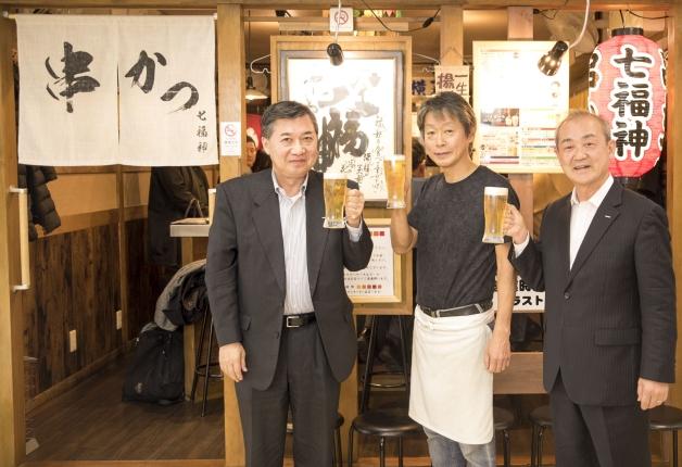 【ケイさんノブさんと行く!ぶらり名店巡り】大阪人を唸らせる串かつ店で「プレモル」と「ジムビームハイボール」を堪能しよう♪串かつ好きが絶賛する人気店「串かつ 七福神」