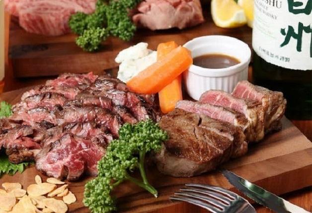肉好き必見!上質でやわらかいお肉を「カールスバーグ」とともに堪能しよう♪「Grill kitchen APO(グリルキッチン アポ)」(大阪・堺市)