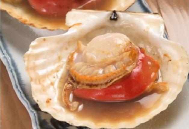 新鮮な魚介を豪快な炉端焼きで楽しむ「ROBATA YAKIMEN」♪「ザ・プレミアム・モルツ〈香る〉エール」や「翠ジンソーダ」で乾杯しよう!(神戸・中央区)