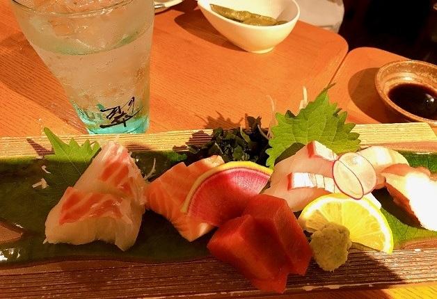 上質な海の幸が味わえる「ウオサンジ」で「ザ・プレミアム・モルツ」や「翠ジンソーダ」片手に贅沢なひとときを過ごそう!(神戸・三宮)
