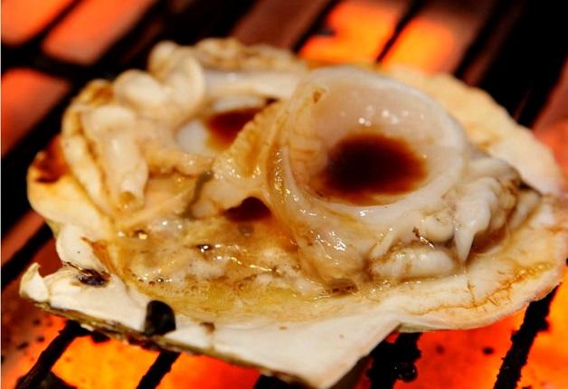 絶品炉端料理を「ザ・モルツ」とともに堪能しよう!「炉端焼 榎坂の蔵」(大阪・吹田)