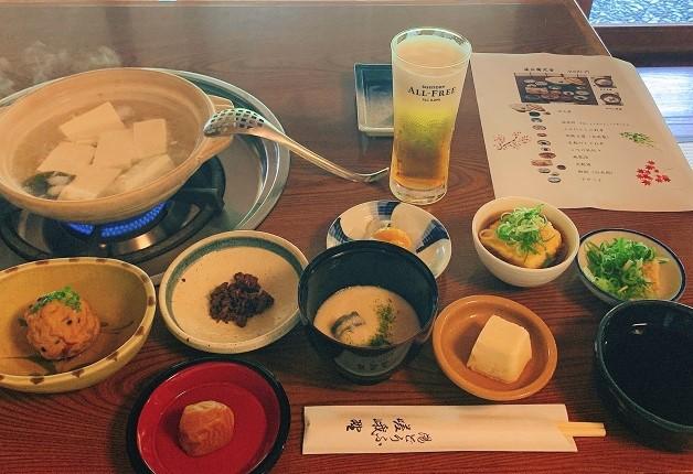 「湯豆腐 嵯峨野」で京都伝統の豆腐と「ザ・プレミアム・モルツ」や「オールフリー」を堪能しよう♪(京都・嵐山)