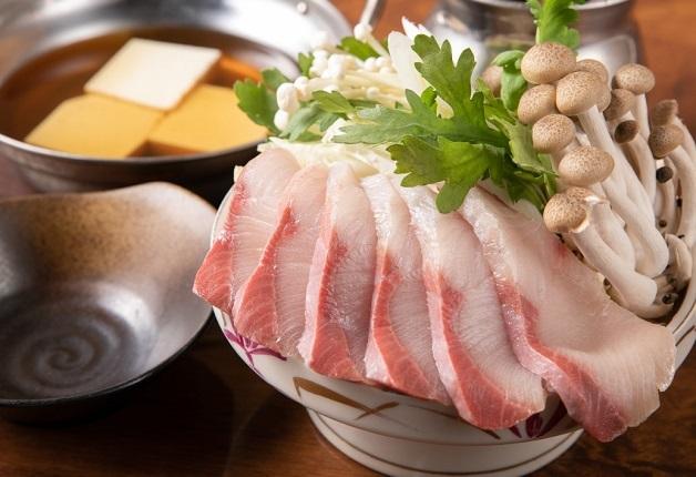 漁師さんより直接買い付ける新鮮な魚介や創作料理とともに「ザ・プレミアム・モルツ」を堪能しよう♪「魚居酒屋 だんだん」(大阪・高槻)