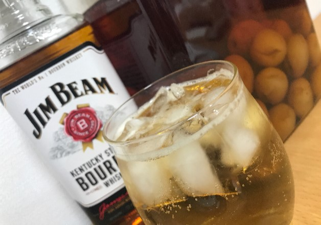 【近畿エリア担当者おすすめ】「ジムビーム」の魅力や歴史とアレンジレシピ「バーボン梅酒」をご紹介します!