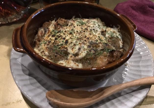 オニオングラタンスープも絶品なダイニングバー「alcobareno(アルコバレーノ)」で「ザ・プレミアム・モルツ」を愉しもう♪(大阪・天王寺)