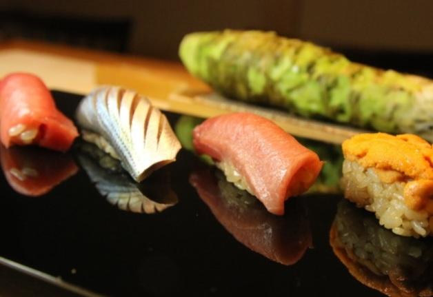 「鮨処 池上」で厳選素材とこだわりのひと手間で握られた鮨と「~ザ・プレミアム・モルツ~マスターズドリーム」を堪能♪(千里丘)