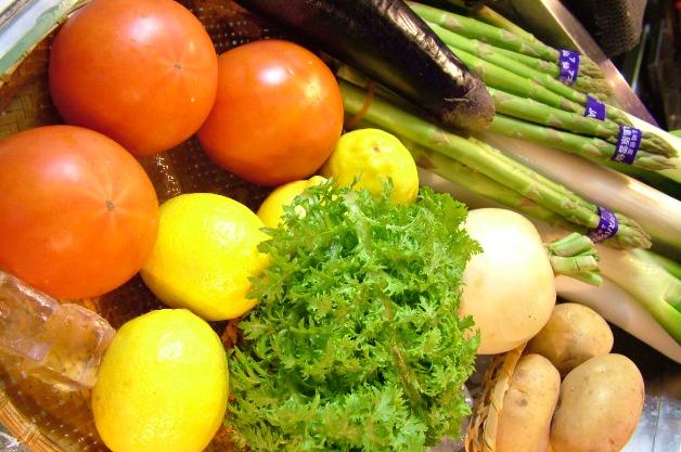 新鮮野菜を使ったサラダもおいしいですよ