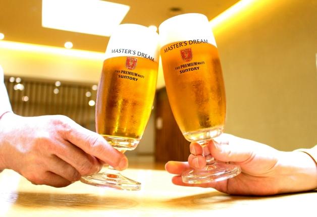 「マスターズドリーム」をグラスで乾杯!
