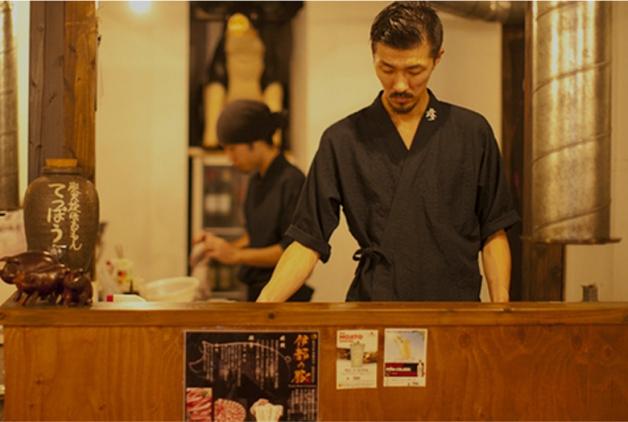 福岡「炭火焼ほるもん てっぽう博多店」で糸島のブランド豚「伊都の豚」を堪能しよう♪