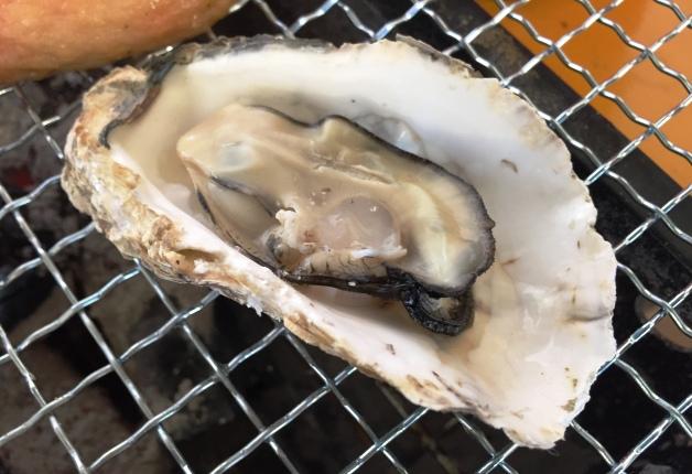 【3月12日までの期間限定】旬のおいしい牡蠣を食べるなら今!ベイサイドプレイス博多「かき小屋ベイサイド」