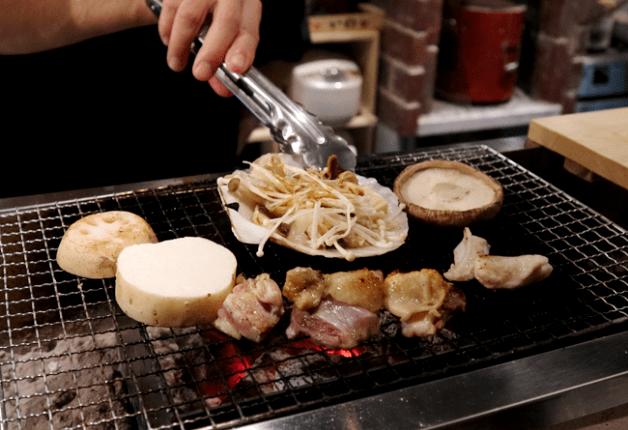 厳選した鶏焼きや魚介の炉ばた焼きを堪能!福岡・大名「炉ばた 永らく」で身も心もあたたまる一杯を楽しみませんか♪