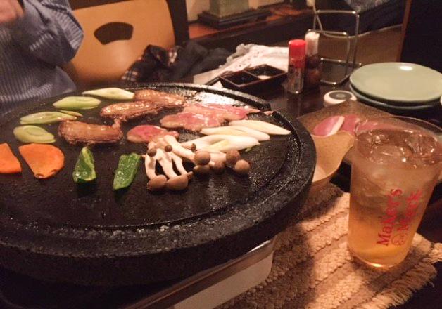 鴨肉や地元九州の野菜を溶岩石焼で!南久留米「こくぶ屋」