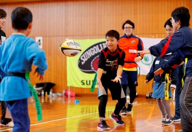 熊本でサンゴリアスOBによる親子タグラグビー教室を開催しました!