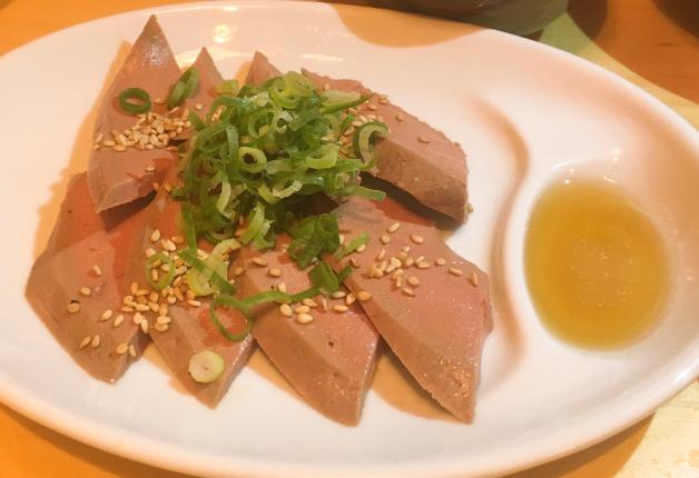 【福岡・今泉】「酒場 踊るうぐいす」で昭和レトロな雰囲気と絶品料理を堪能しよう♪