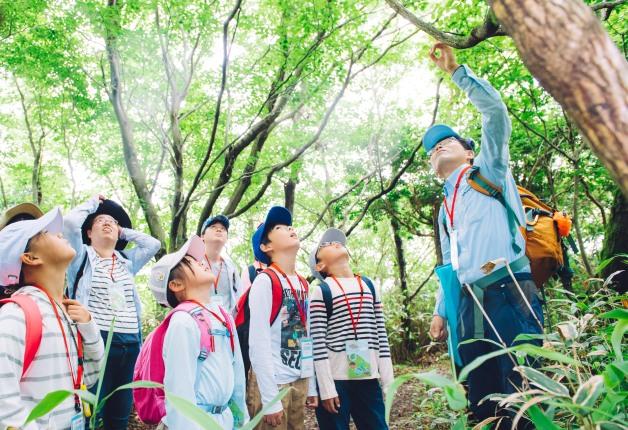 【レポート】サントリー水育(みずいく)「森と水の学校」阿蘇校に約500名の親子が参加!豊かな自然を体感しました♪