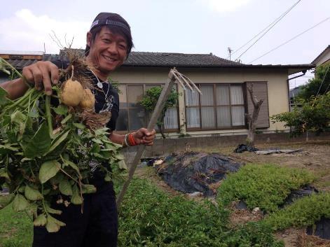 【プレモル大使DJ EIJIの活動日記】天然水育ちの夏野菜と共に!