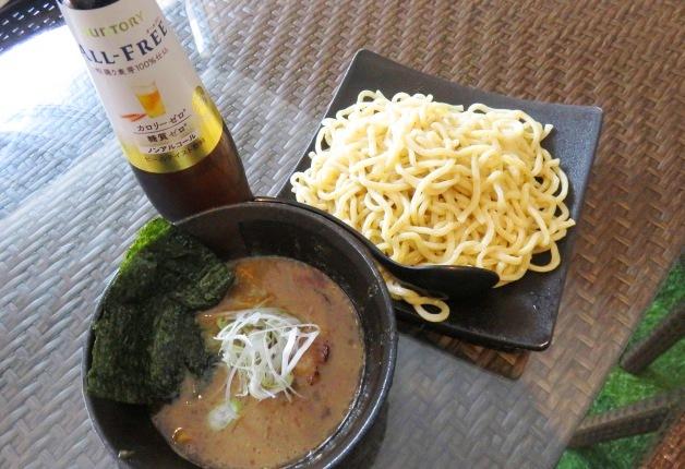 【ランチも営業中!】「三竹寿」コラボつけ麺が楽しめる「絆家」(おもろまち)