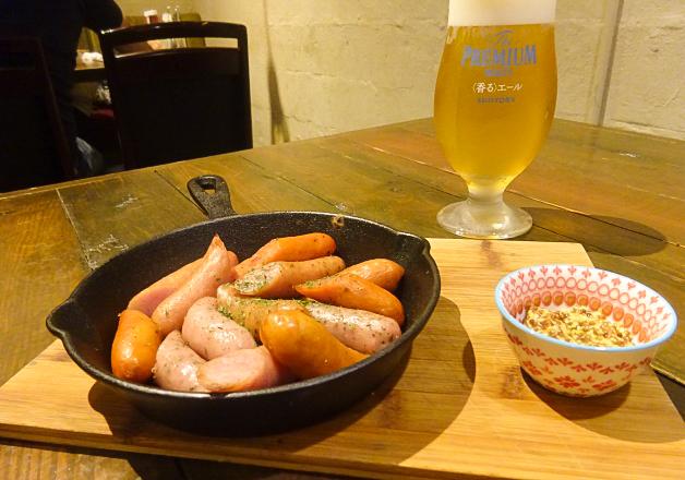 【人気バルの姉妹店】「バルコラボ 肉バル 沖国大前店」(宜野湾市)の肉料理と「〈香る〉エール」を楽しもう