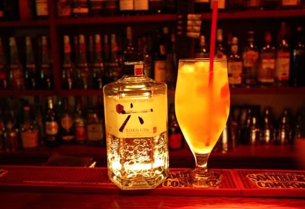 【ウチナーのBAR探索 まっとーのふらり旅♪】第11回はフルーツカクテルが自慢の「Bar  Bianco(バール ビアンコ)」(浦添)