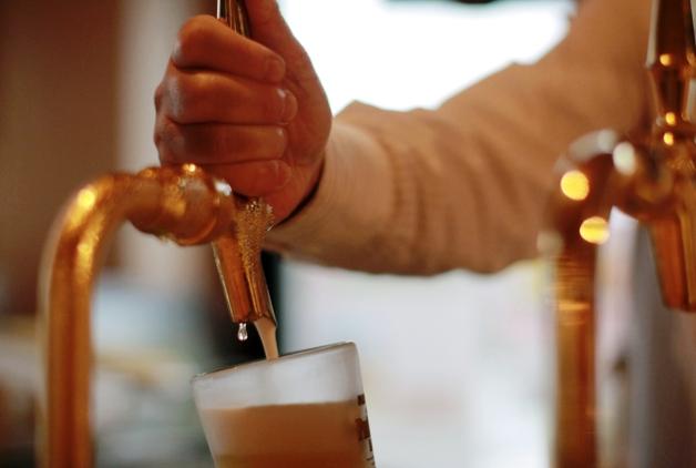 プレミアムフライデーは15時から!東京でおいしいビールが飲めるホテルバー