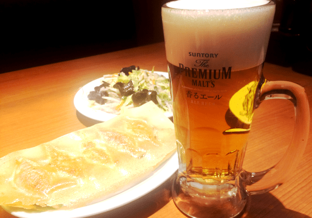 【蒲田の餃子店】「你好(ニイハオ)」元祖・羽根付き餃子と〈香るエール〉で乾杯♪