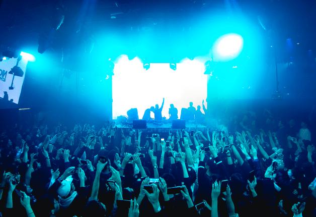 【最新型ナイトクラブ&バー】熱狂ステージや一流フードが手ぶらで楽しめる「SEL OCTAGON TOKYO」♪(東京・六本木)