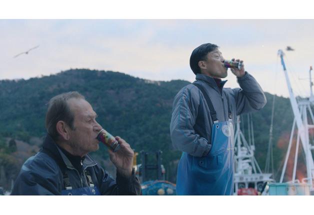 【BOSS】 宮城県石巻市を舞台にした新CM「漁港」編がスタート!
