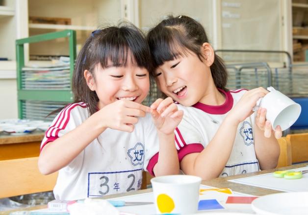 【一流の伝統工芸作家が教える♪】「おもしろびじゅつ教室in東北」をいわき市・釜石市の小学校で開催しました