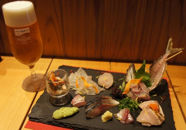 """【静岡で""""神泡""""のプレモルが飲める店】旬の地魚料理が味わえる「旬彩楽酒 やすだや」"""