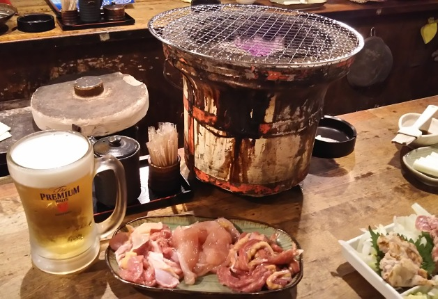 【金山駅から徒歩3分】新鮮な宮崎地鶏が楽しめる「島吉」!「プレモル」と七輪で焼く「焼き鳥」で乾杯♪