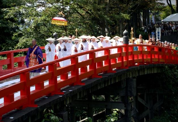 立山を代表する華麗な橋渡り儀式「布橋灌頂会(ぬのばしかんじょうえ)」がサントリー地域文化賞を受賞しました!
