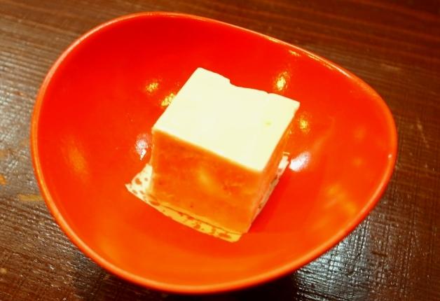 もっちり濃厚なチーズ胡麻豆腐