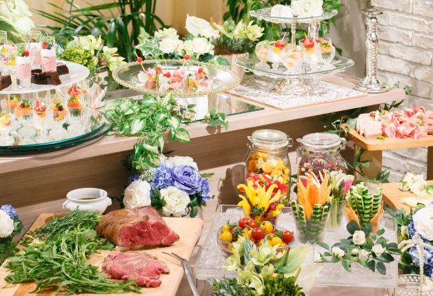 名古屋の新しいパーティースペースの形!飲み放題付きビュッフェが人気の「ELLE HALL Dining(エルホールダイニング)」