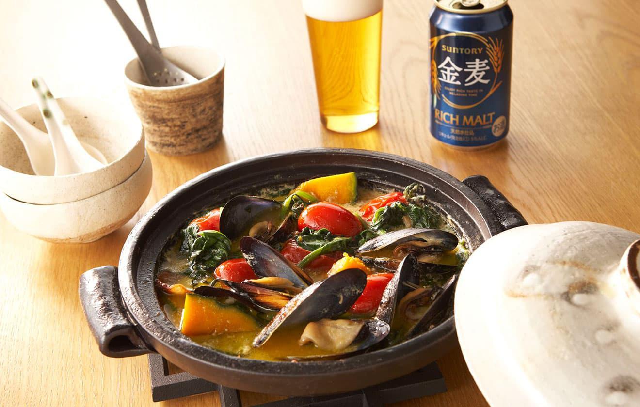 ムール貝とほうれん草の豆乳鍋の写真